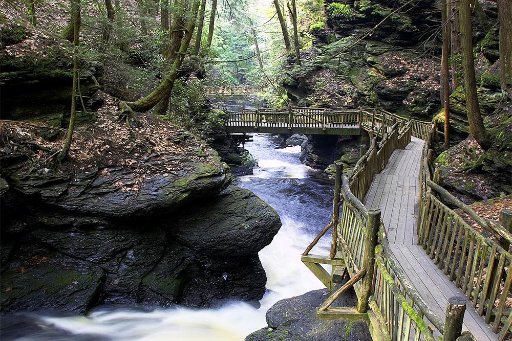 Fernwood Resort Bushkill Falls Package
